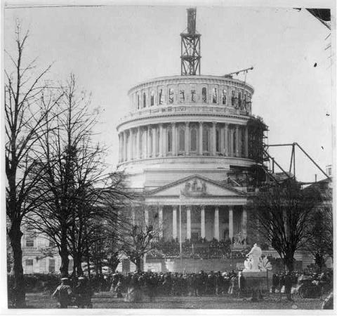 US Capitol during Lincoln's first inauguration in 1861